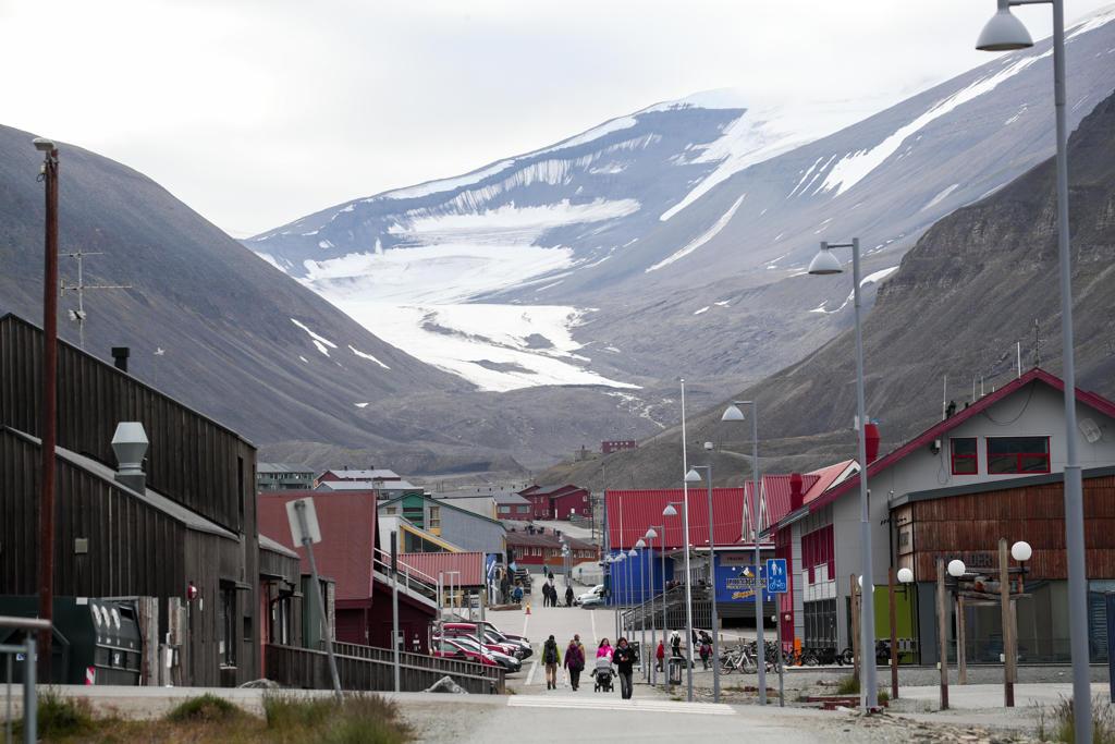 ارتفاع عدد الأجانب مقابل انخفاض عدد النرويجيين في جزيرة سفالبارد - النرويج  بالعربية