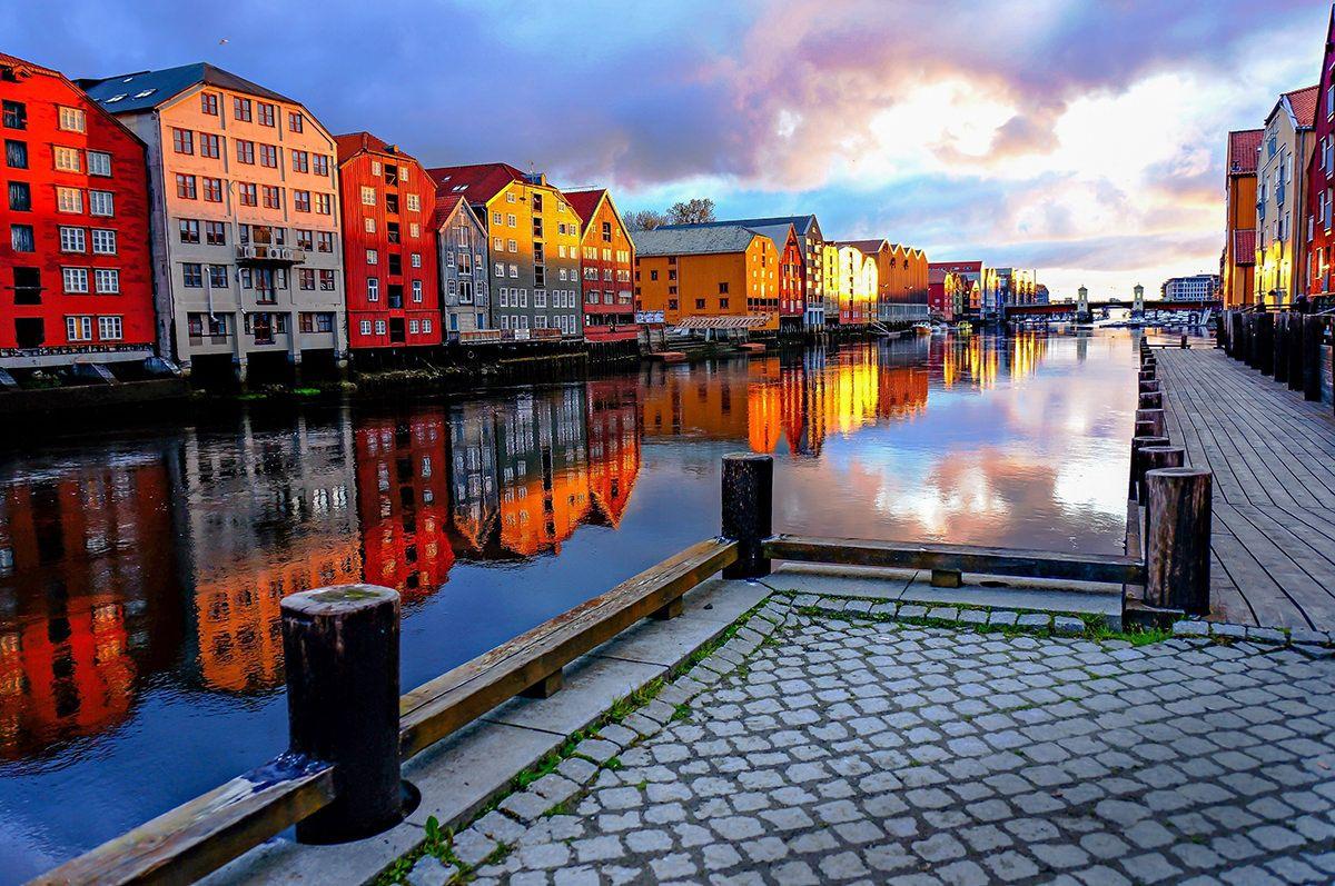 اهم الوجهات السياحية في تروندهايم النرويج نهر نيدلفا